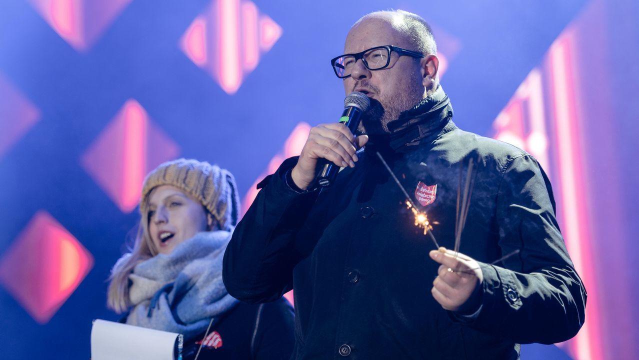 El alcalde de Gdansk, momentos antes de ser apuñalado