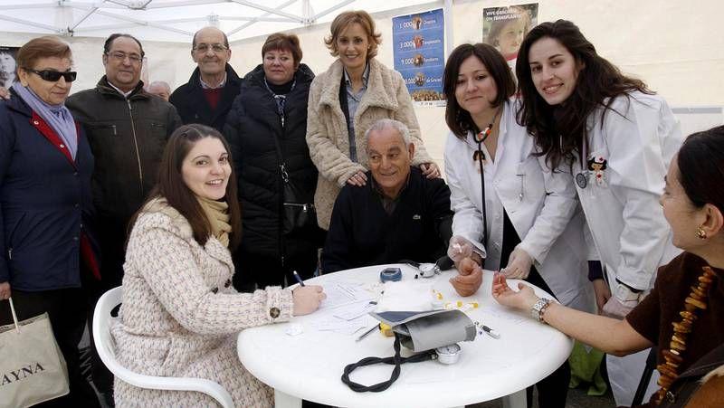 Felipe Sas, en el centro de la imagen, junto a Álex Casteleiro y Manuel Ameijeiras.