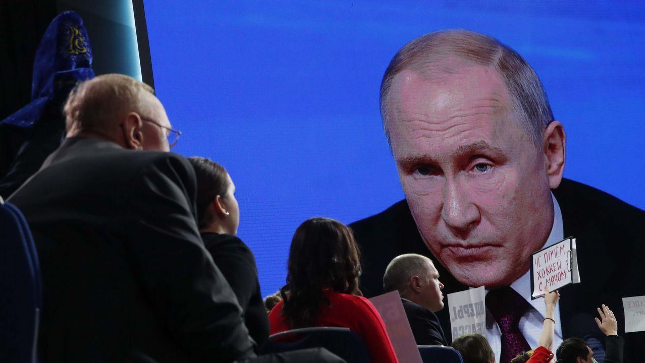 Putin abre la puerta a un posible conflicto nuclear.Putin acudió al Centro Nacional de Mando para supervisar el lanzamiento del misil Avangard