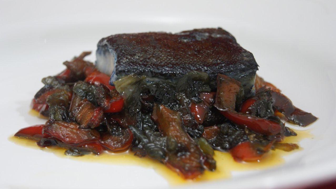 Tiznao. En los mesones de La Mancha, se comenzó a servir esta especialidad con la peculiaridad de que el bacalao no está totalmente desalado.