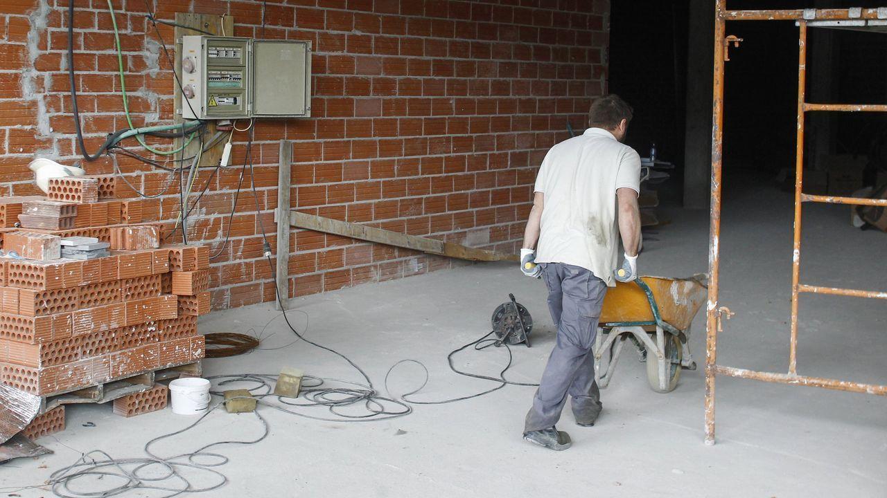 Un trabajador de la construcción, en foto de archivo