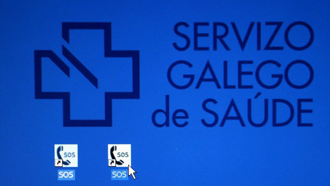 Un niño se clava una jeringuilla con hepatitis C en el jardín del Gil Casares.Jon Darpón, consejero de Salud del Gobierno vasco