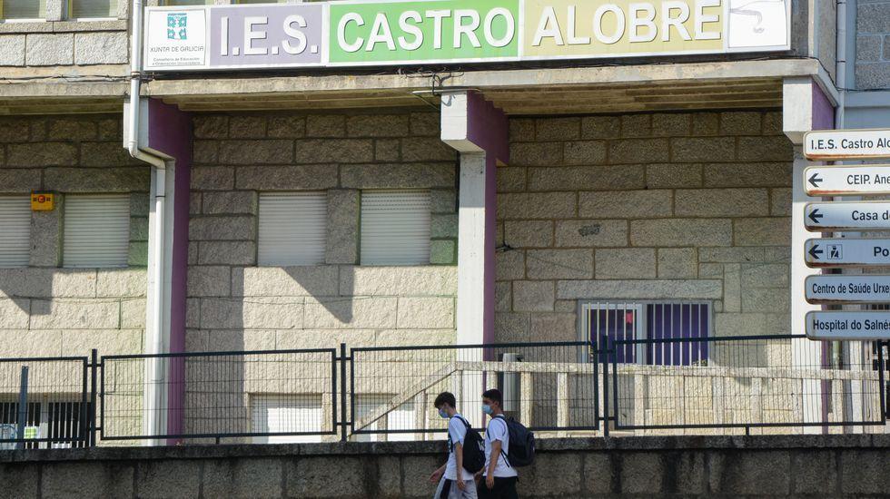 El IES Castro Alobre (Vilagarcía) tenía once profesores adjudicados en julio y ahora serán 23