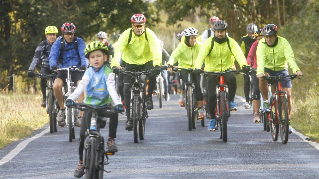 Búscate en el Día de la Bicicleta de Valdoviño.Pantano de As Forcadas