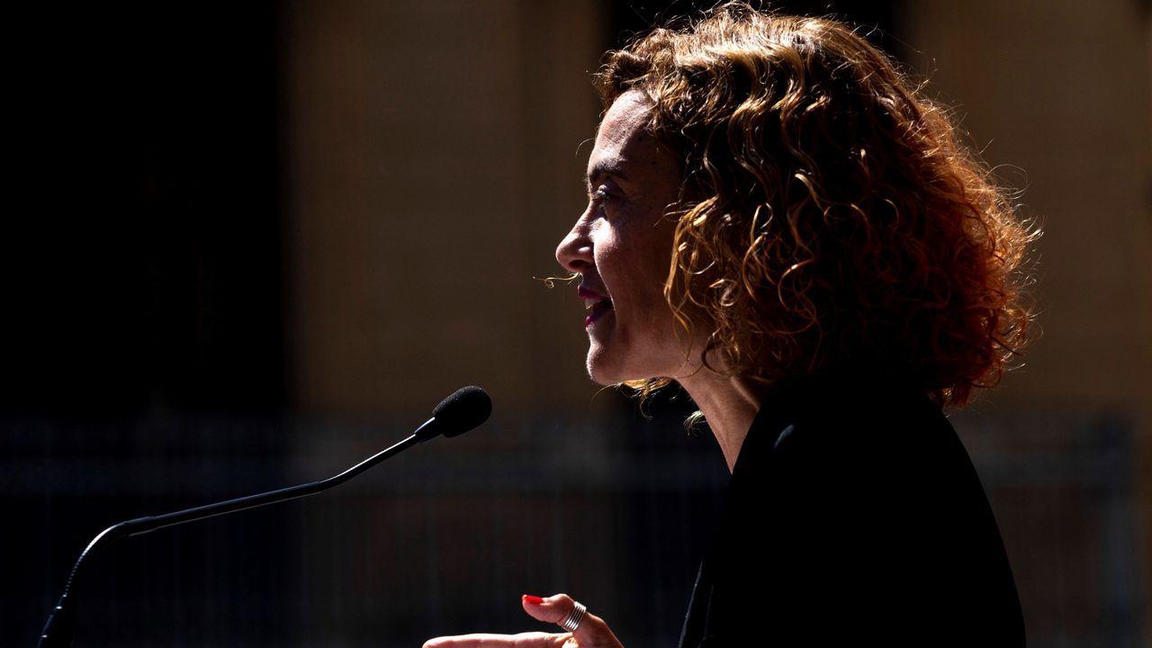 Álvarez de Toledo incendia la campaña cuestionando a Rubalcaba.Delia Losa interviene en el Rubín, en el acto que conmemoró el 175 aniversario de la Guardia Civil