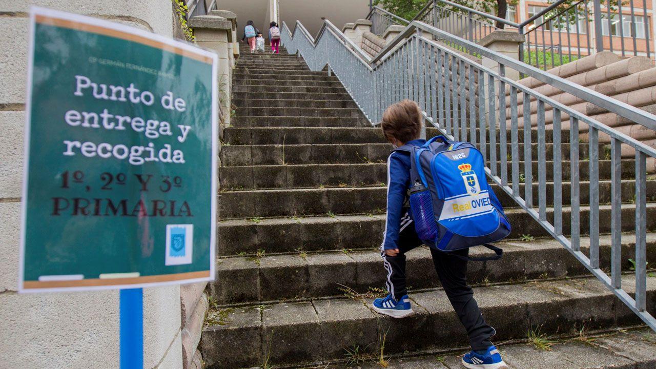 Las instantáneas de la vuelta al cole tras la pandemia.En la imagen, el comedor del colegio Ponzos de Ferrol, donde estos días la cifra de usuarios no llega a los quince niños