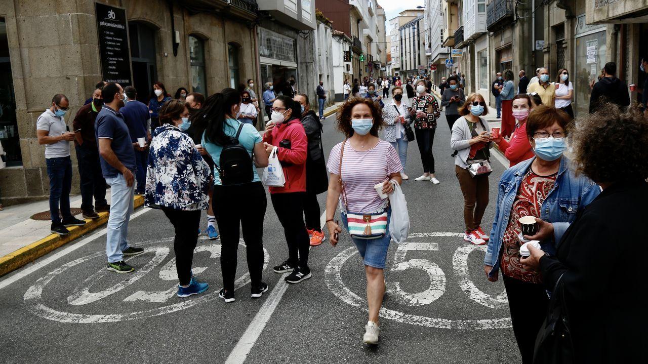 Protesta de los hosteleros de Pobra por el cierre del municipio.Protesta en A Pobra contra el cierre de la hostelería y las restricciones máximas
