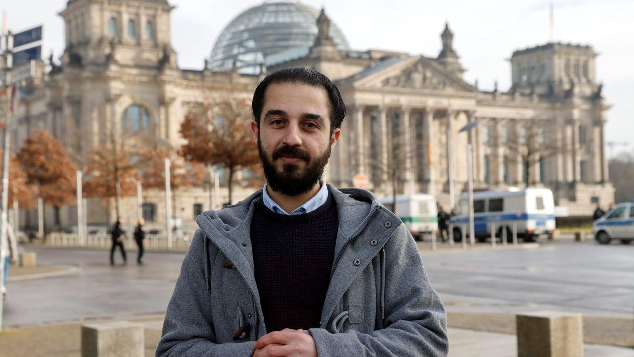 Tareq Alaows,  ante el Bundestag al presentar el 3 de febrero su candidatura