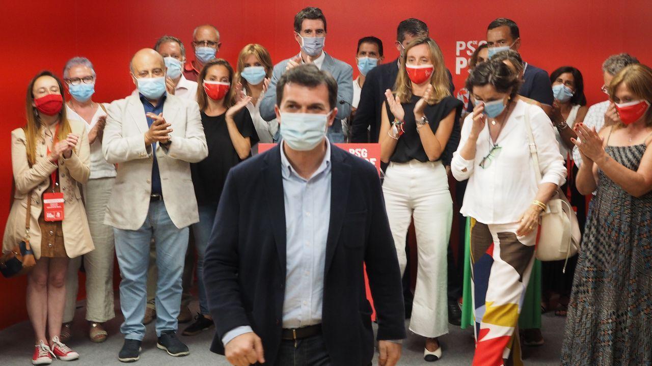 Comité provincial extraordinario del PSdeG en la alameda de Caldas
