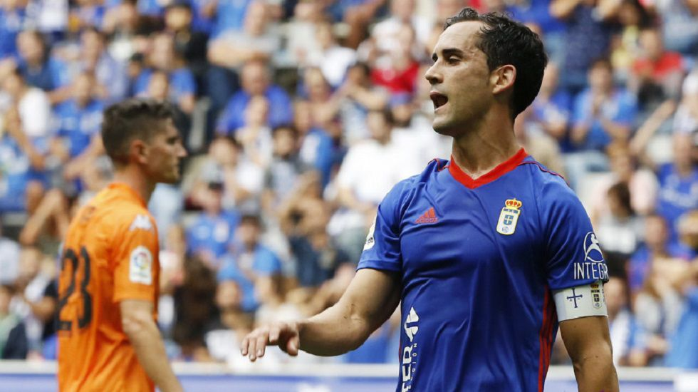 Anquela Requexon Real Oviedo.Linares en el Oviedo-Reus