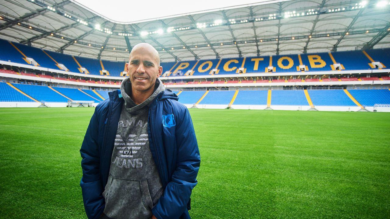 Vero Boquete y Tere Abelleira: «Será mejor que yo, seguro».El ribeirense Luis Casais en el Rostov Arena, inaugurado hace un año para albergar partidos del Mundial