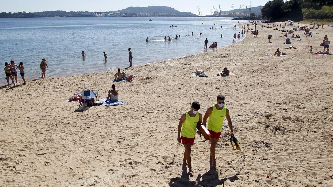 La playa de Caranza luce hoy bandera verde.