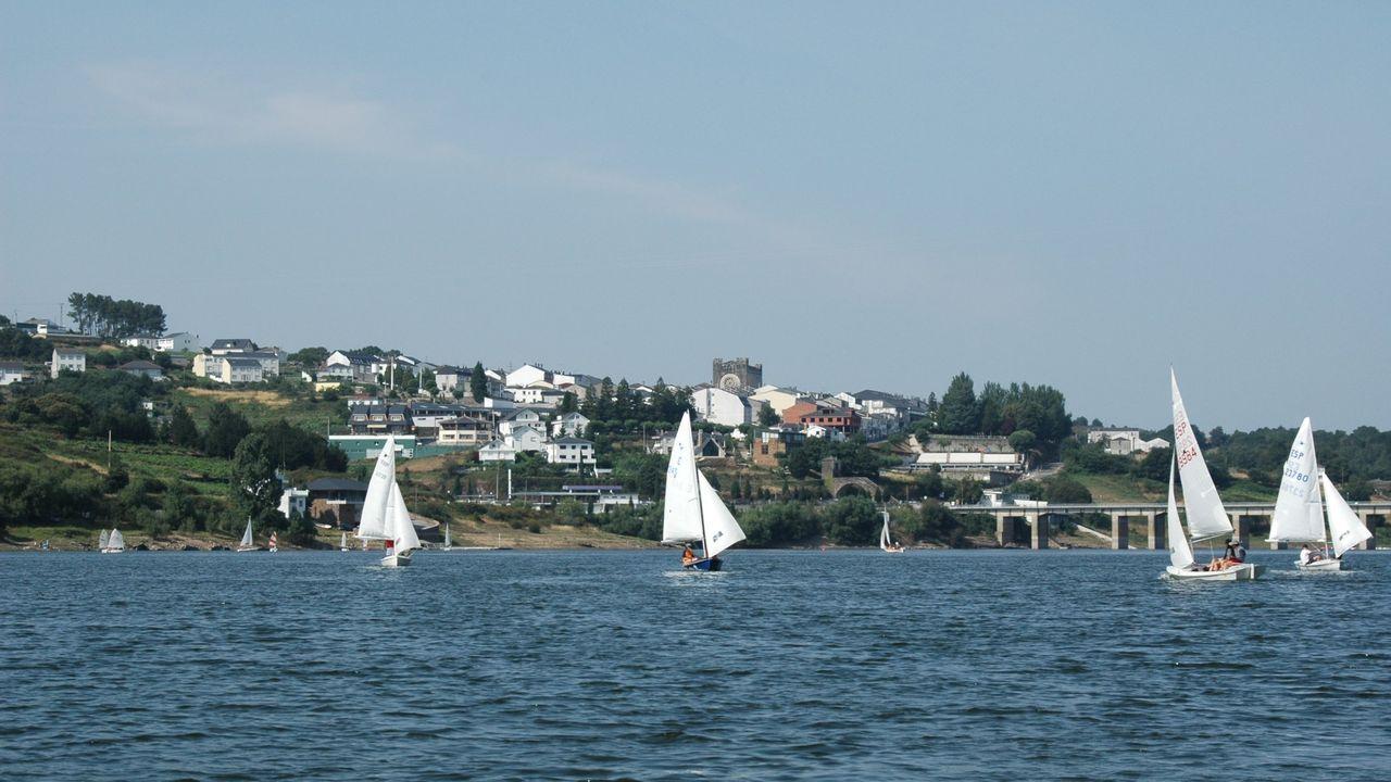Campeonato de regata en el embalse de Portomarín