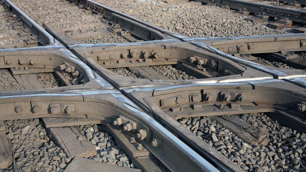 Una travesía ferroviaria.Una travesía ferroviaria