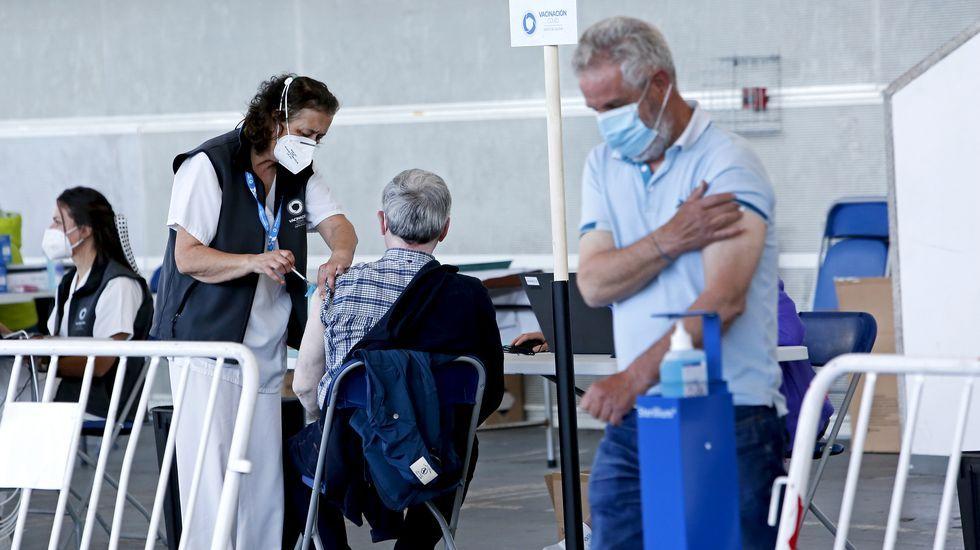 Vacunación masiva con AstraZeneca en Pontevedra.Vacunación contra el covid para personas de 60 a 65 años con AstraZeneca en el recinto ferial de Pontevedra