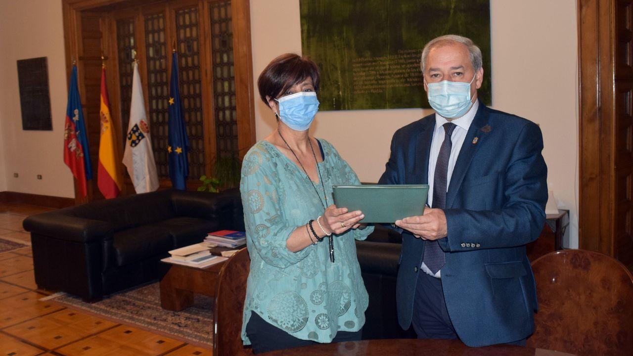 Gloria Prada y José Tomé, este viernes en la firma en Lugo del convenio entre el Ayuntamiento de Monforte y la Diputación