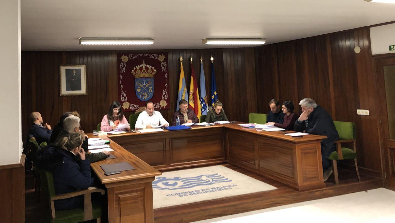 Asamblea abierta en Carballo para preparar los actos del 8 de marzo