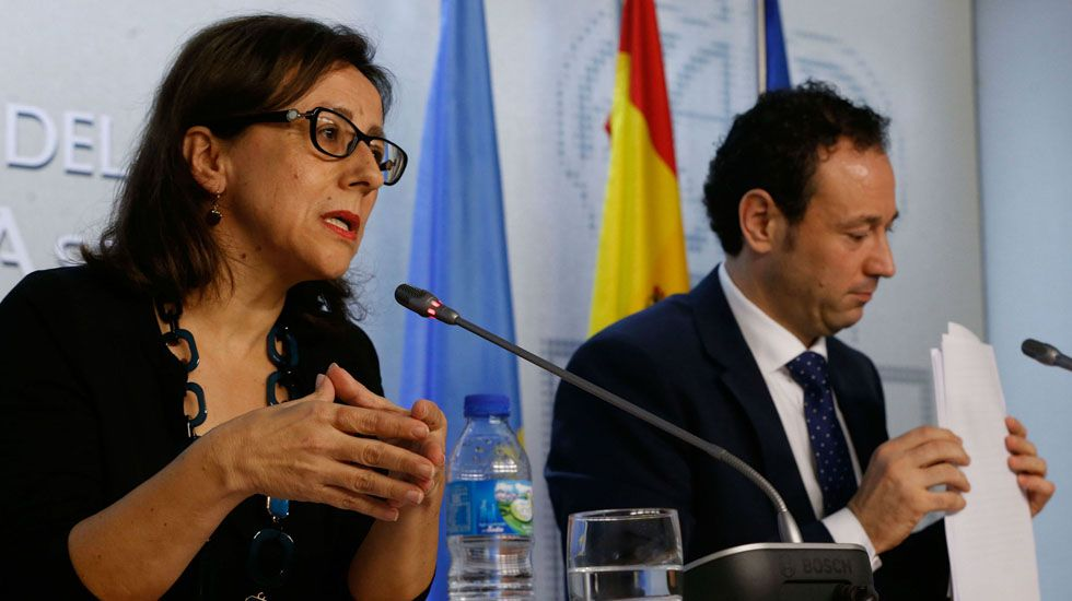 La consejera de Infraestructuras, Ordenación del Territorio y Medio Ambiente, Belén Fernández.Belén Fernández y Guillermo Martínez