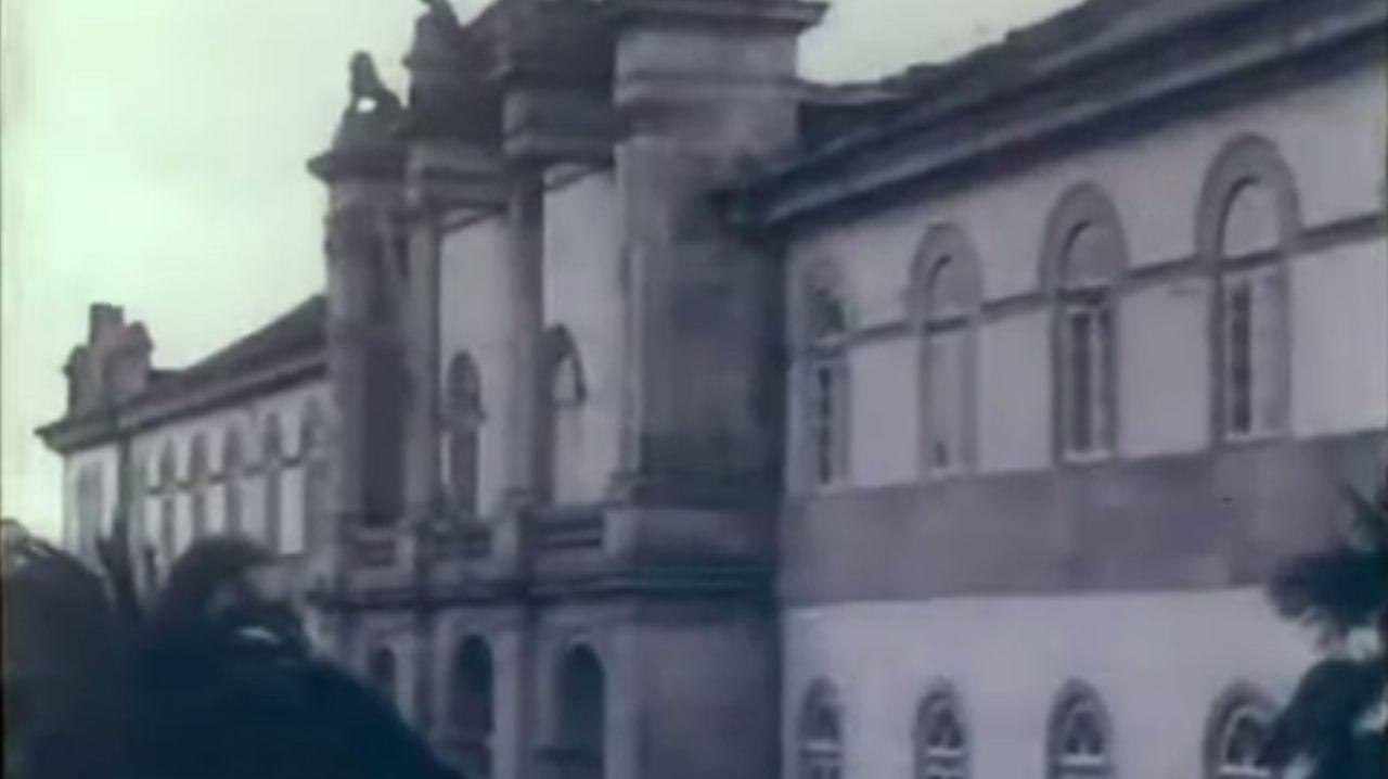 Los castillos y torres de Os Ancares en imágenes.Imaxe da fachada da Deputación, incluída no documental «Unha viaxe por Galicia»