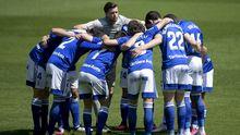 Real Oviedo Girona Carlos Tartiere.Los futbolistas del Real Oviedo se conjuran antes de un partido en el Carlos Tartiere