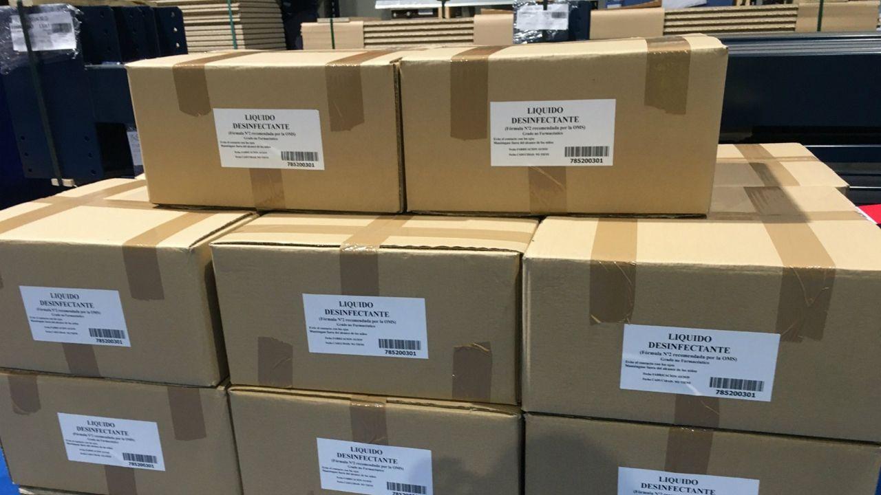 Cajas de líquido desinfectante