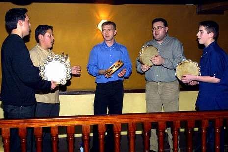 Xoán Sande (segundo por la derecha) hace algunos años.