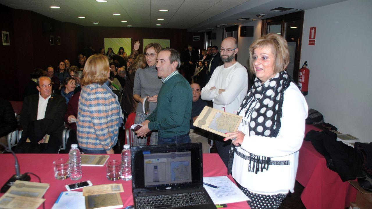 Presentación de la edición del 2107 del anuario «Vía Jacobitana» en el Centro do Viño da Ribeira Sacra, en Monforte
