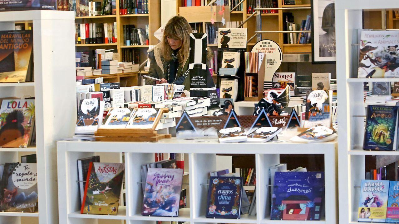 Mahía presenta este viernes su libro en la librería Cronopios de Santiago