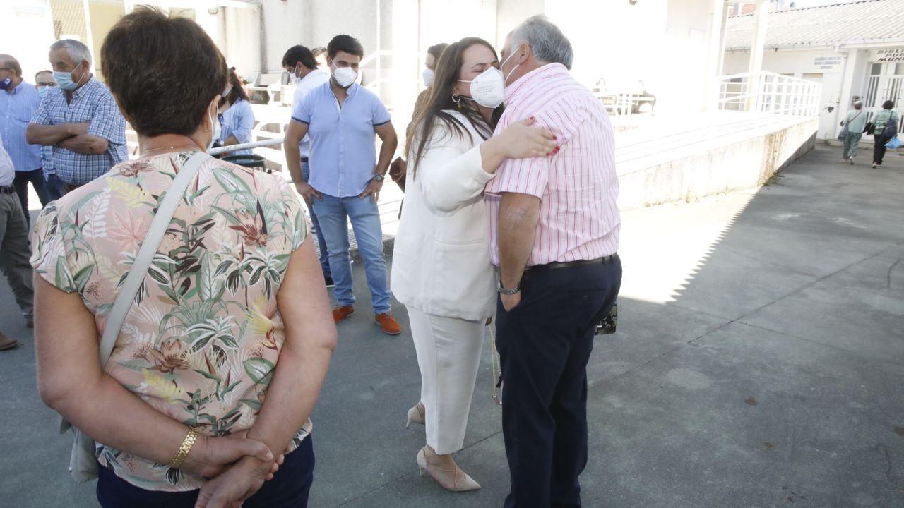 Rocío Seijas recibe el respaldo de su familia tras ser elegida alcaldesa de Monterroso