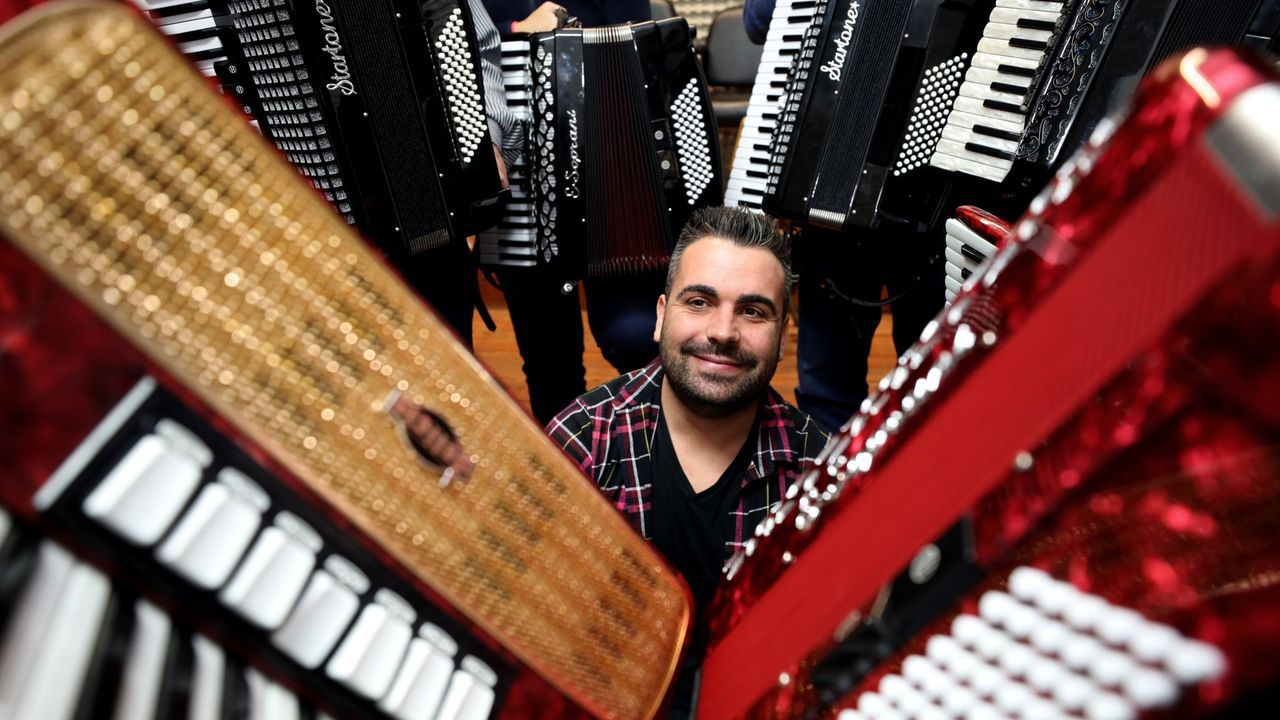 Albano G. Cancio, músico burelense