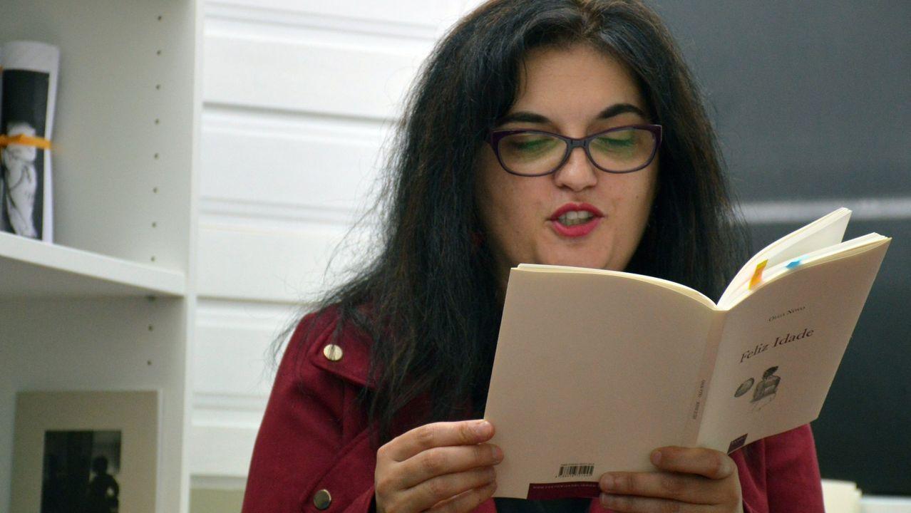 A escritora Olga Novo
