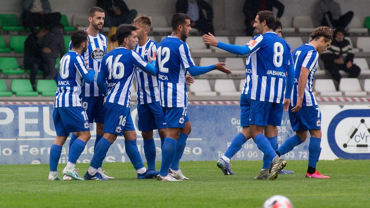 Las imágenes del Racing Vilalbés - Dépor.Granero despeja en el amistoso contra el Pontevedra
