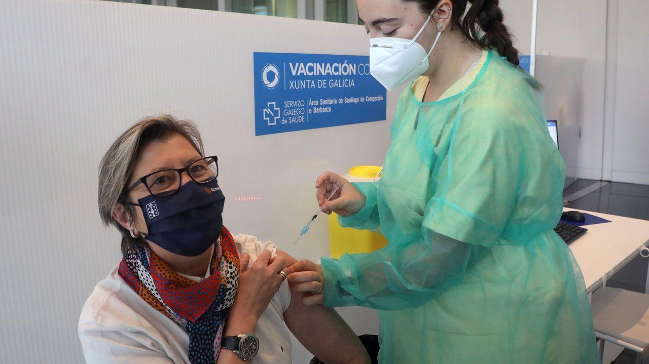 En directo: Comparece la ministra de Sanidad.Vacunación de Janssen en Asturias