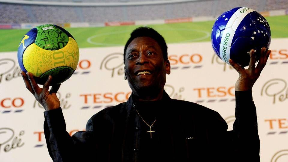 Pelé agradece el apoyo a los aficionados