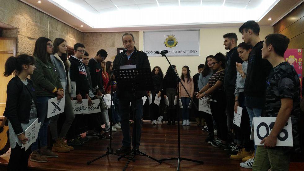 25N.En O Carballiño, el acto contra la violencia de género se celebró en el salón de plenos