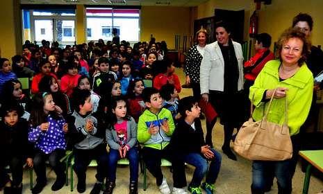 Los alumnos no pararon de hacer preguntas a las ponentes acerca de sus respectivas profesiones.