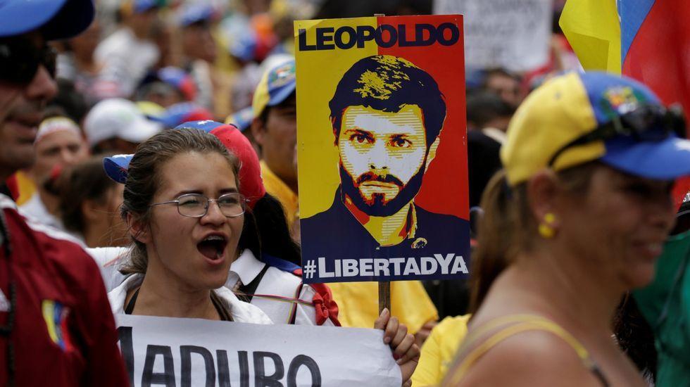 «Mi hijo no está encarcelado, está secuestrado».Imagen de archivo de una manifestación contra Maduro en Venezuela