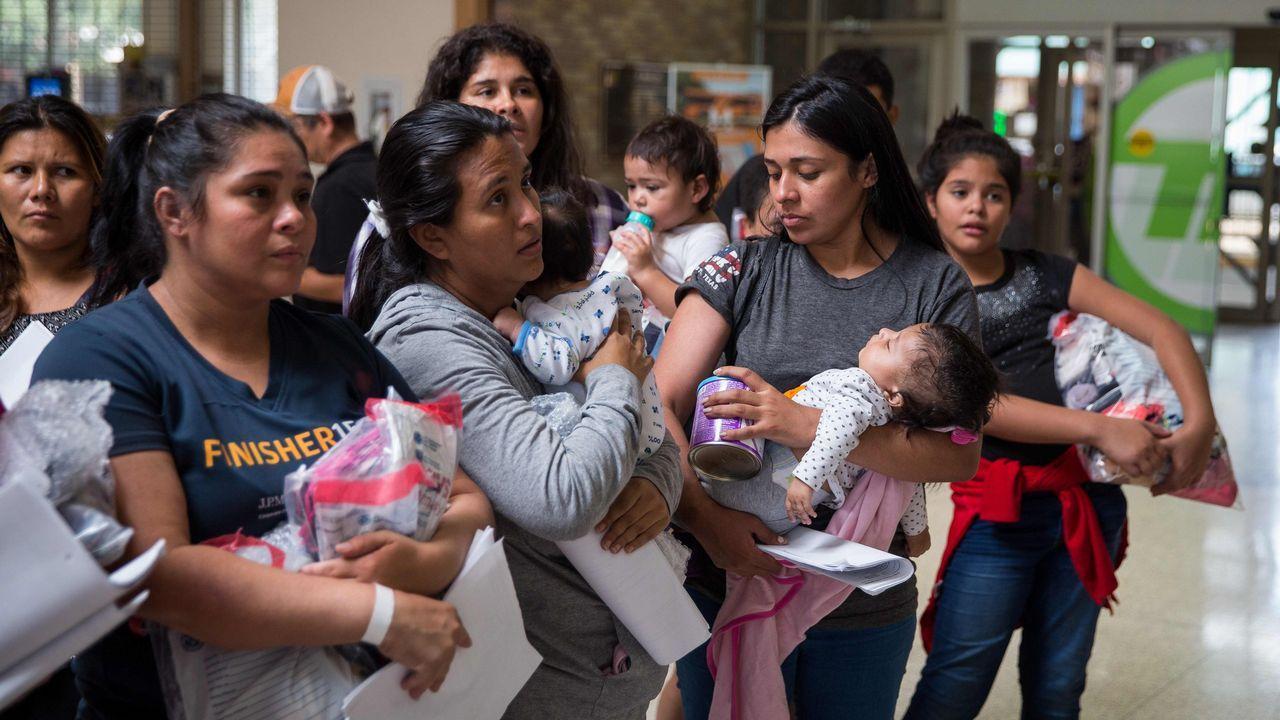 El polémico mensaje de Melania Trump.Inmigrantes en Texas