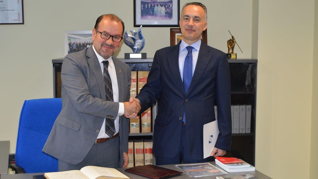 El rector de la Universidad de Oviedo, Santiago García Granda y el presidente de ASATA, Ruperto Iglesias García