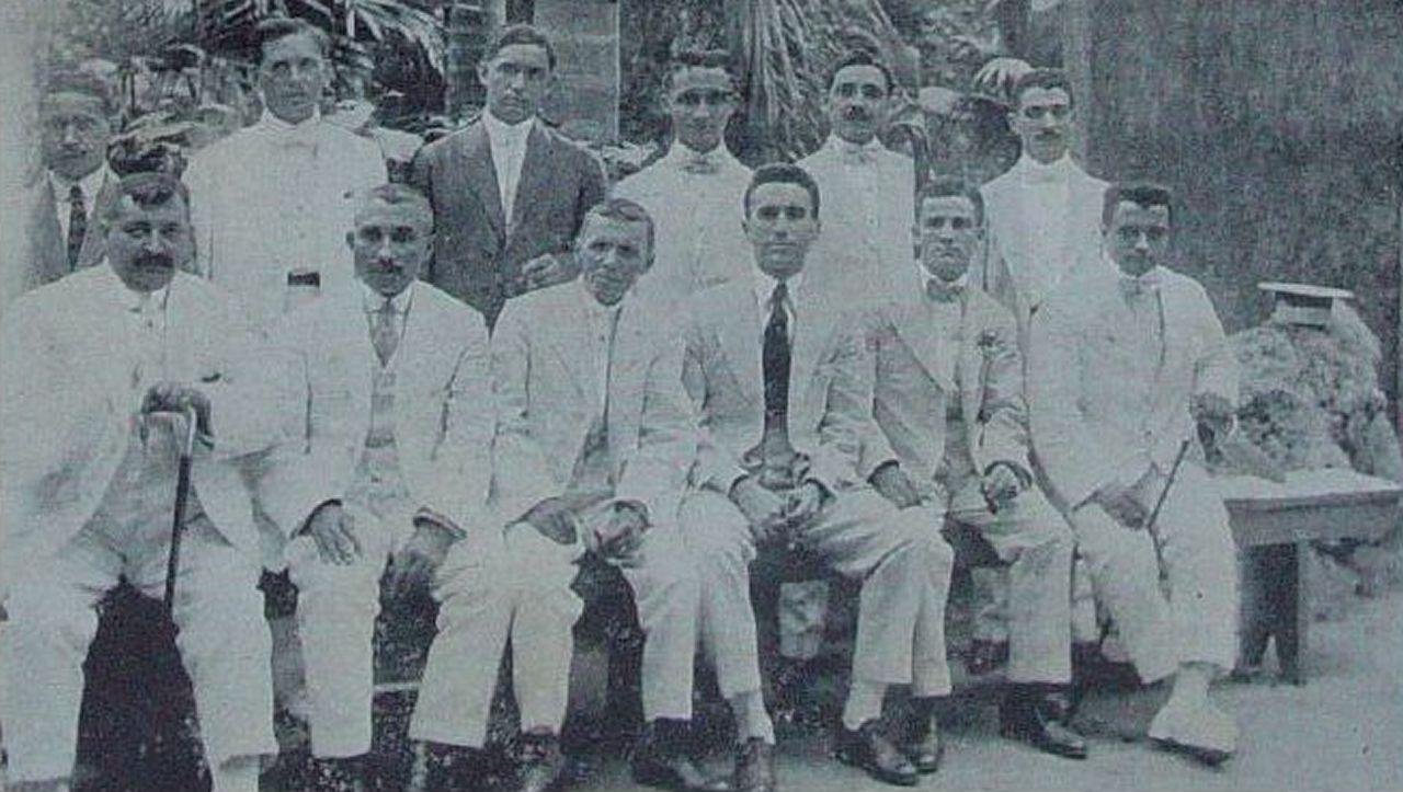 Directiva Hijos Valle de Oro 1917 con Juan R. Álvarez y Antonio Vila, entre otros