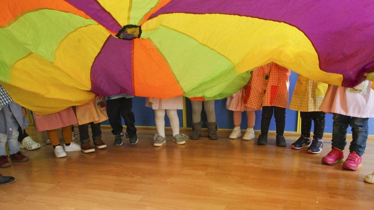 Las muñecas de la Princesa de Asturias.Niños en una guardería