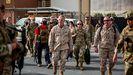 El jefe del Mando Central de Estados Unidos, general Frank McKenzie, llegó este miércoles al aeropuerto de Kabul para supervisar las evacuaciones.