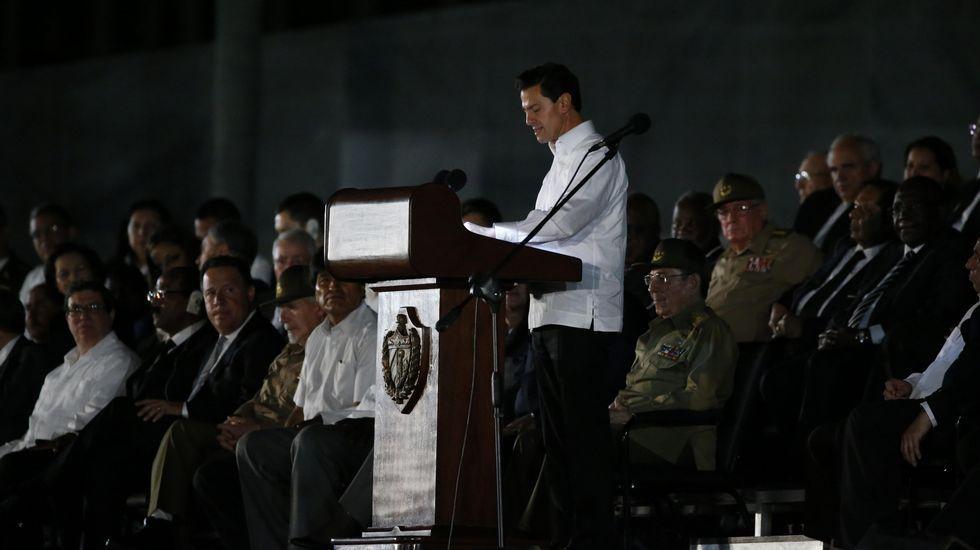 El presidente de México, Enrique Peña Nieto, en el funeral de Fidel Castro