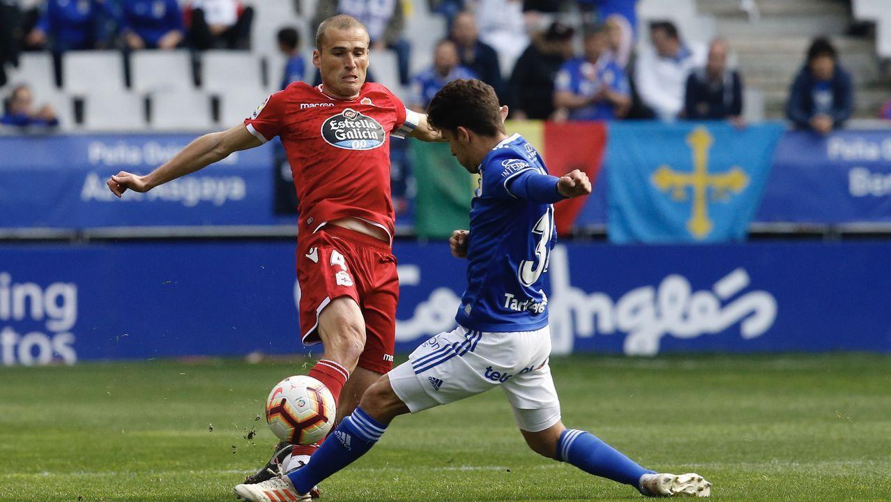Gol Barcenas Jimmy Real Oviedo Deportivo Carlos Tartiere.Bárcenas anota el 1-0 frente al Deportivo