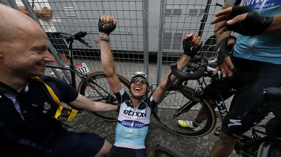Tony Martin celebra la victoria