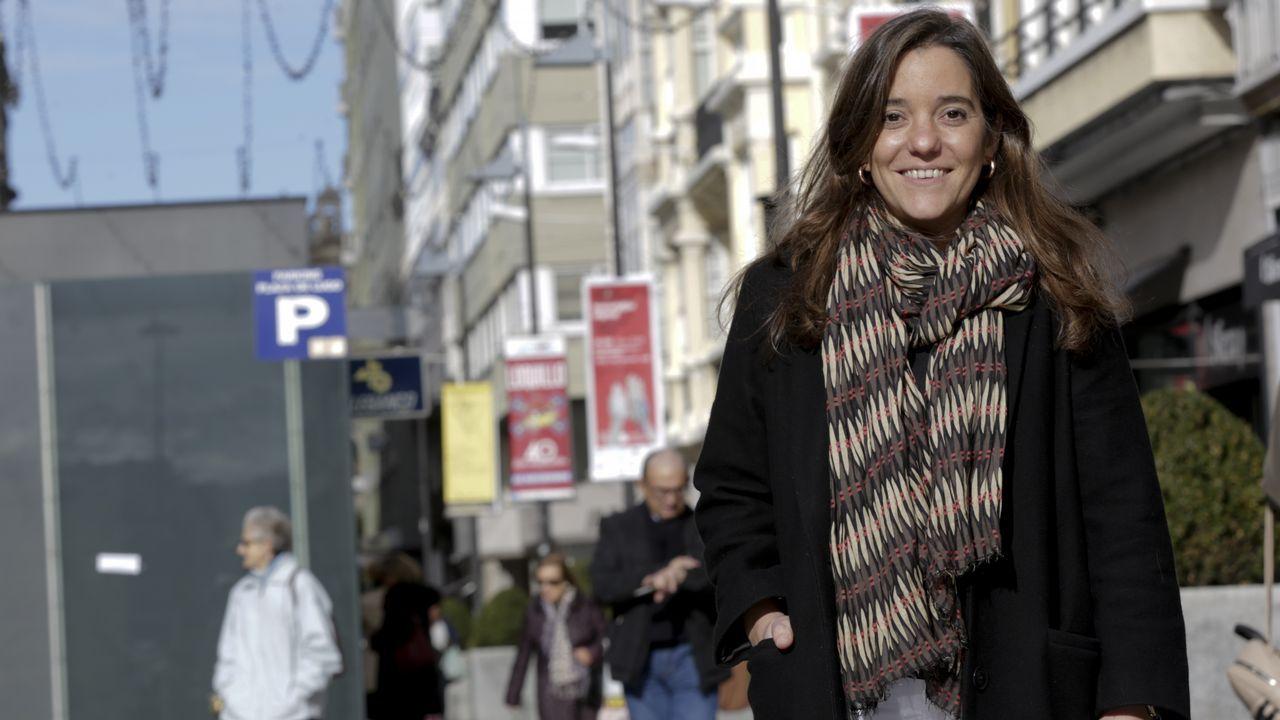 Inés Rey, abogada, ayer en la plaza de Lugo de A Coruña