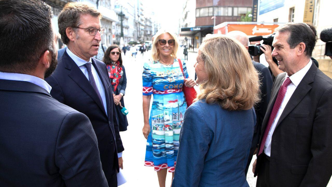 Concentración en Vigo por el triple crimen de Valga.Corina Porro, con Alfonso Rueda y Alberto Núñez Feijoo el día que tomó posesión como delegada de la Xunta en Vigo.