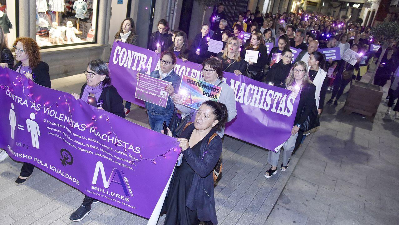Imagen de una movilización nocturna contra la violencia machista en Galicia