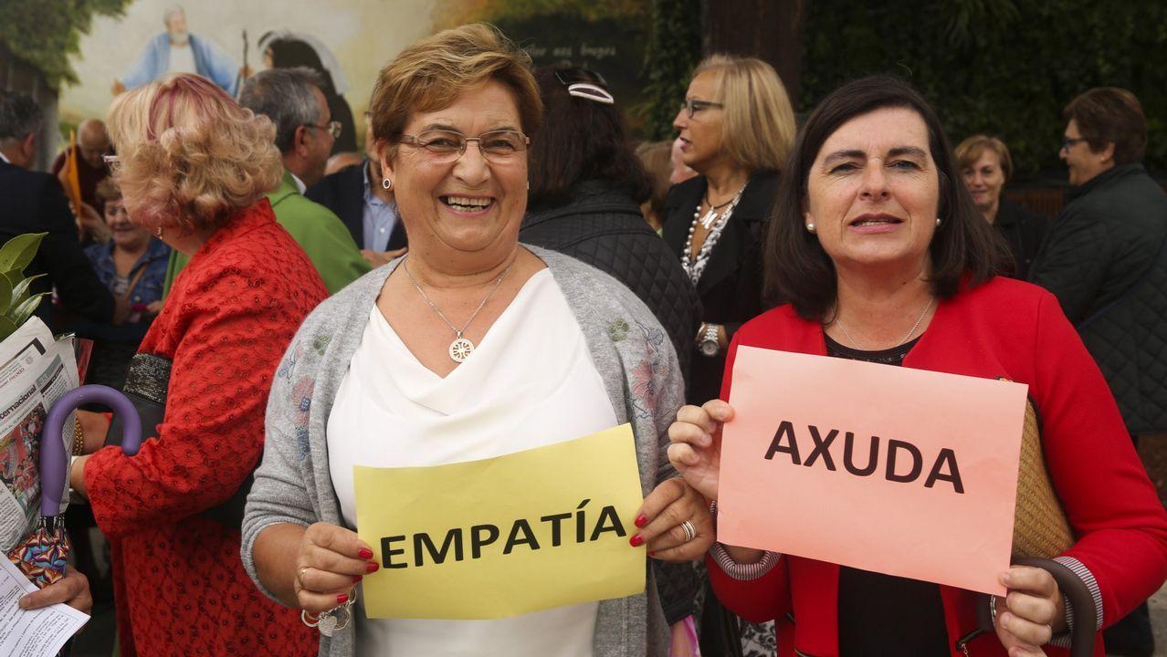 La princesa y su hermana participan con los reyes en las audiencias en Oviedo.Billetes de 500 euros