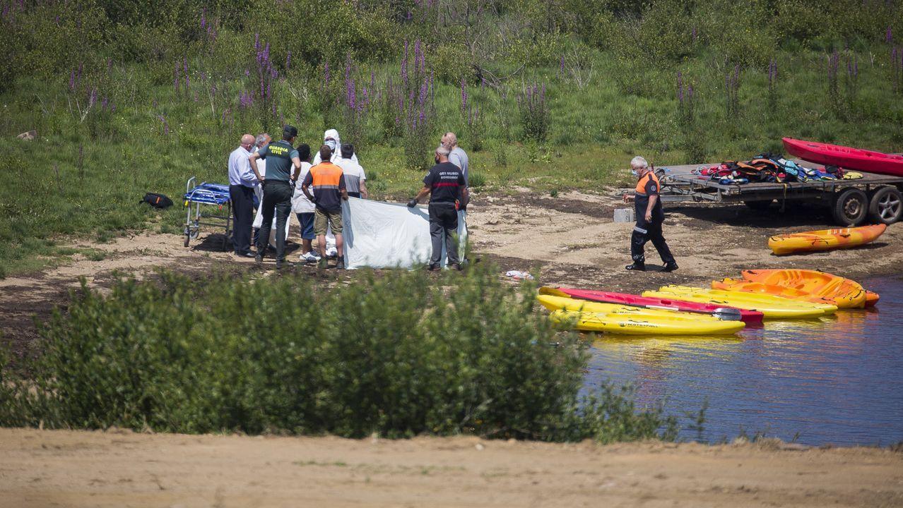 Muere un niño de 14 años ahogado en el embalse de A Fervenza, en Mazaricos.Yelco Alfaya